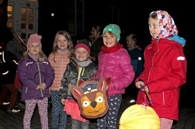 Foto zu Meldung: Ausschuss für Jugend, Sport, Freizeit, Kultur und Soziales Danndorf - Tolle Aktion - Großes Laternenfest in Danndorf