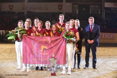 Die Deutsche Meistermannschaft der Jungzüchter; Foto: © Marietta Grade