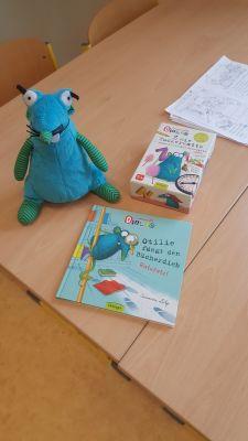 Foto zur Meldung: Vorlesertag in der Grundschule Hirschfeld