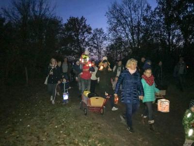 """Foto zur Meldung: Leserbrief: """"1000 Lichtlein in der Nacht"""" - Martinstag bei den Seegefelder Strolchen"""