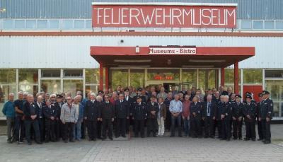 Foto zur Meldung: Ausfahrt der Ehrenmitglieder und Ausbildung der Einsatzkräfte