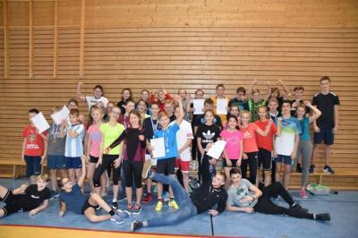 Foto zur Meldung: 16. Hochsprungwettkampf der Stralsunder Schulen