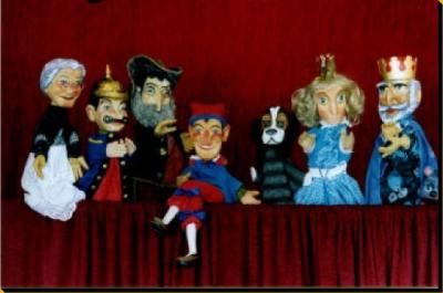 """Vorschaubild zur Meldung: Puppentheater """"Räuber Zottelbart"""" anlässlich des 25. Genthiner Weihnachtsmarktes"""