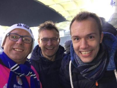 Germania zu Besuch im Volksparkstadion: II.Herren Trainer Carsten Meyer, 1.Vorsitzender Georg Krüger, Spartenleiter Herren Leif Schlüter