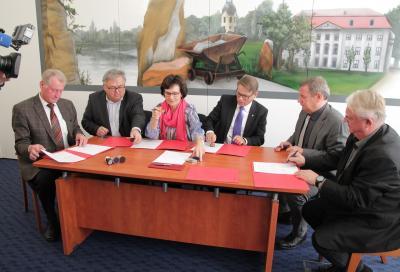 Für die Unterzeichnung der Absichtserklärung zur interkommunalen Zusammenarbeit trafen sich am 16. November die Bürgermeister von Borsdorf, Brandis, Großpösna sowie Naunhof, Belgershain und Parthenstein.