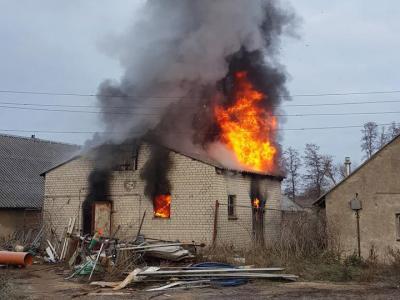 Foto zu Meldung: Werkstatt brannte ab