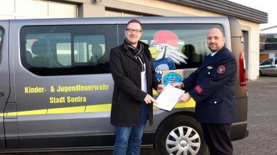 Die Freiwillige Feuerwehr Sontra erhält für ihre erfolgreiche Jugendarbeit 300 Euro Zuschuss vom Hessischen Ministerium des Inneren und für Sport.