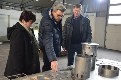 Unternehmensbesuch bei BPR Blech- und Profilbearbeitungs GmbH Ruhland. Foto: Landkreis