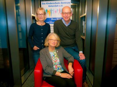 Neues Gesicht beim Kinderschutz-Zentrum: Gabriele Fischer-Krunke (Mitte) übernimmt nun gemeinsam mit Annette Lakämper und Dr. Stefan Grollmann die ehrenamtliche Vorstands-Arbeit.