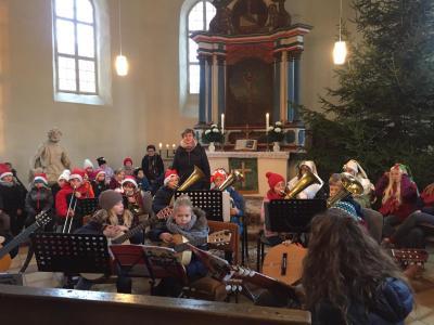Foto zur Meldung: Eine schöne Einstimmung auf die Weihnachtszeit - unser Weihnachtskonzert