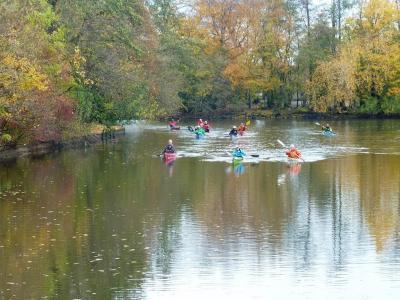 Foto zur Meldung: Über 400 Kanuten aus dem Bezirk Weser-Ems beteiligen sich am  Wanderfahrerwettbewerb