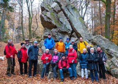 Die erste Wanderung der Seniorenradler im Winterhalbjahr 2018/19 führte am 20. November durch den Taunuswald.