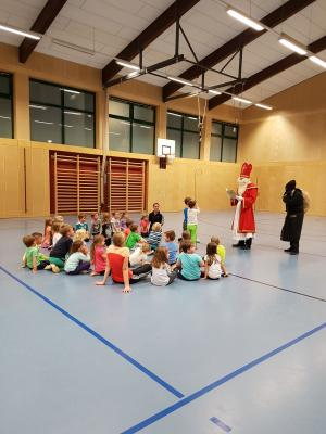 Foto zur Meldung: Der Nikolaus war da beim TV-Wallersdorf