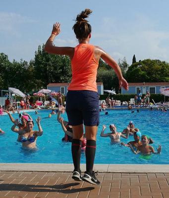 Vorschaubild zur Meldung: Neue AquaFitness- und AquaPower-Kurse im Hallenbad Liedolsheim