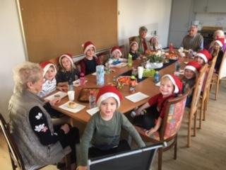 """Foto zur Meldung: Weihnachtsfeierim """"Betreuten Wohnen"""""""