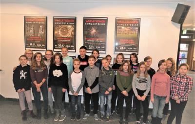 Foto zur Meldung: Theaterbesuch in Senftenberg