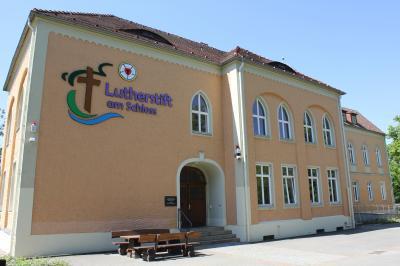 Vorschaubild zur Meldung: Eröffnung Tagespflege im Lutherstift am Schloss!
