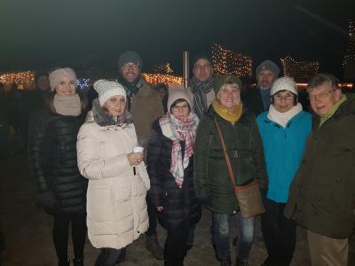 Foto zur Meldung: TV-Wallersdorf Jahresabschluss  am RK-Winterzauber