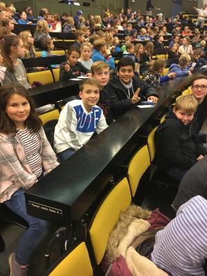 Vorschaubild zur Meldung: Domschule bei der Kinder-Uni in Kiel