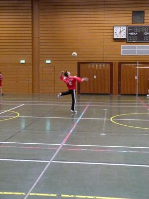 Faustball in der Halle