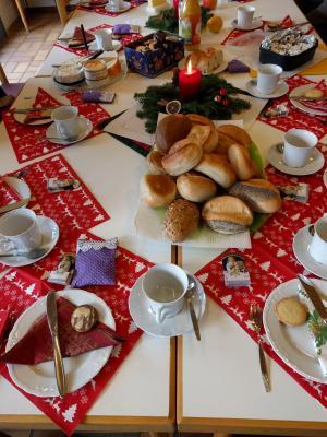 Foto zur Meldung: Ausklang Französisch-Kurs: Savoir vivre