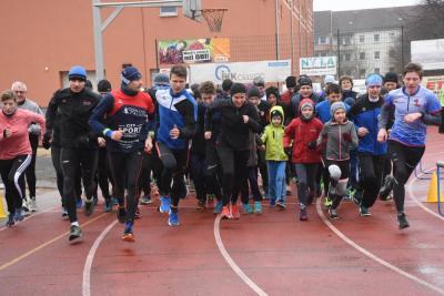 Start zum Neujahrspaarlauf 2019 Foto: Ullmann SZ