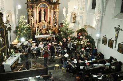 Vorschaubild zur Meldung: Weihnachtssingen in Mursche