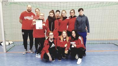 Foto zur Meldung: ATEMLOS & Friends belegen starken 5.Platz beim Frauenturnier in Mansfeld