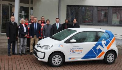Vorschaubild zur Meldung: DRK Meckesheim freut sich über neues Einsatzfahrzeug