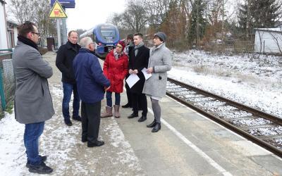 Foto zur Meldung: Ostbahn muss zweigleisig ausgebaut und elektrifiziert werden
