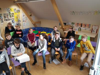 Vorschaubild zur Meldung: Besuch in der Stadtbibliothek Klasse 5d