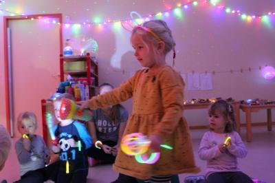 Foto zur Meldung: Lichterfest im Spatzennest