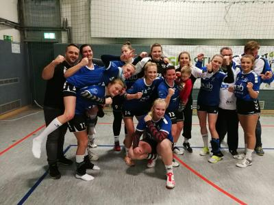 Foto zur Meldung: Sieg der 1.Frauen des HSV04 beim SV Lok Rangsdorf
