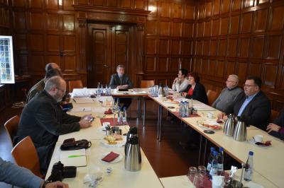 Die Mitglieder der Kreisarbeitsgemeinschaft Prignitz des Städte- und Gemeindebundes Brandenburg tagten im kleinen Sitzungssaal des Wittenberger Rathauses  I Foto: Martin Ferch