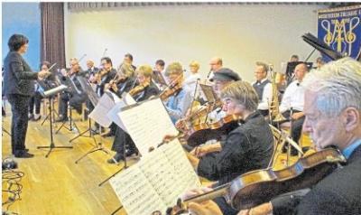 Das Salonorchester des Musikvereins Zollhaus hat sich in der Region zu einer festen Größe entwickelt. Jetzt gibt es jungen Musikern die Möglichkeit, sich vor einem großen Publikum zu präsentieren. Foto: Salonorchester