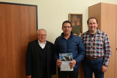 Foto zur Meldung: Kirchenverwaltung nimmt ihre Arbeit auf - Christian Röhrl ist weiter Kirchenpfleger