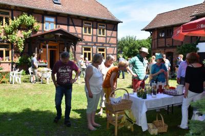 Dorfflohmarkt Ahmstorf  - Bild: D. Trapp
