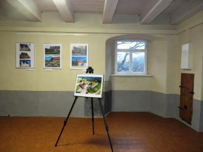 einige Bilder aus der Ausstellung können jetzt im Abthaus besichtigt werden