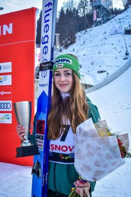 Foto zur Meldung: Juliane auch in Ljubno ganz stark.