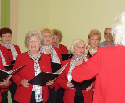 Foto zur Meldung: Sängerkreis beim Neujahrsempfang des Amtes