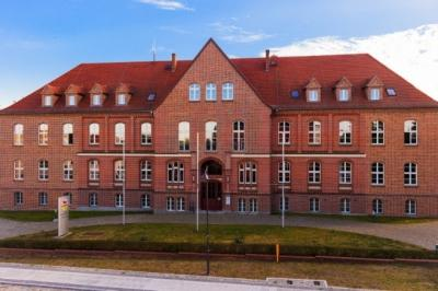 Foto: Komplettsanierung des denkmalgeschützten Verwaltungsgebäudes des OSL-Kreises abgeschlossen