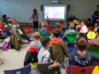 """Foto zur Meldung: Kita- und Schulkinder im """"Bus durchs ABC"""""""