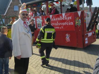 Vorschaubild zur Meldung: Karnevalsumzug in Schnakenbek
