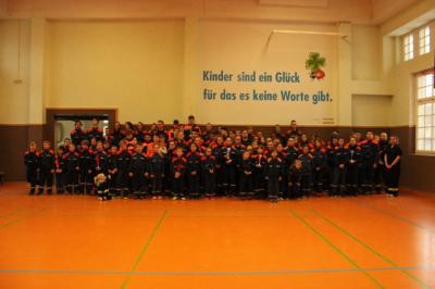 Foto zur Meldung: Hallenwettkampf der Jugendfeuerwehren 2019