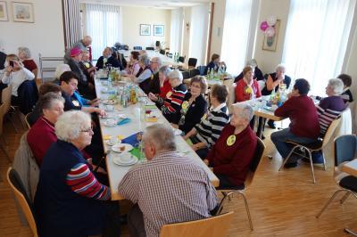 Foto zur Meldung: Faschingsnachmittag für unsere Senioren kam sehr gut an