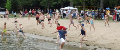 Vorschaubild zur Meldung: Anbaden Strandbad