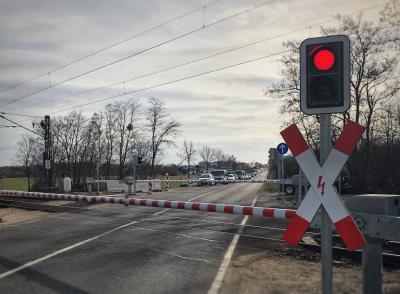 Vorschaubild zur Meldung: Petition - Für eine Brücke am Bahnübergang Heyrothsberge B1