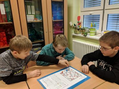 Vorschaubild zur Meldung: Spielerischer Englischunterricht.