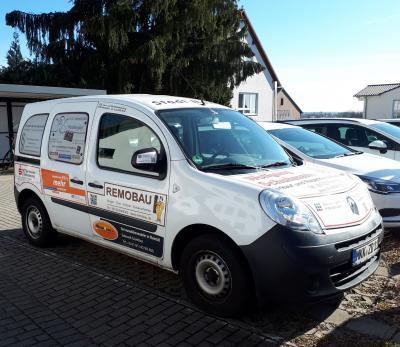 Das bisherige Boten-Fahrzeug (Foto) wird durch ein neueres Modell ersetzt. Auch jetzt haben Unternehmen aus der Region wieder die Möglichkeit, Werbeflächen auf dem Fahrzeug zu nutzen.