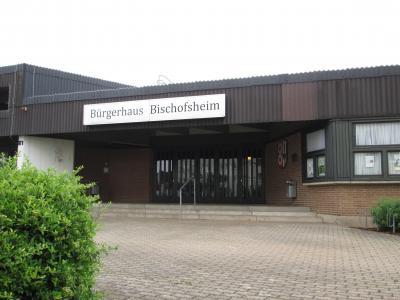 """Im Bürgerhaus Bischofsheim (Foto) heißt es am 21. März wieder: """"Kino vor Ort"""""""